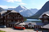 Historic Many Glaciers resort in Glacier national park