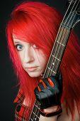 Portrait rothaarige Rocker Mädchens