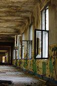 Ruin corridor 9