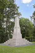 picture of revolutionary war  - A monument erected at King - JPG