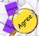 Agree Disagree Post-it Papers Show In Favor Of Or Against
