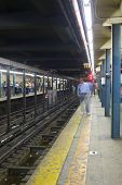 Nyc Subway Platform