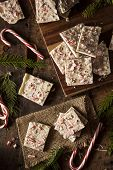Homemade Holiday Peppermint Bark