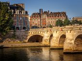 Morning Light Over The River Seine, Pont Neuf And Ile De La Cité, Paris, France