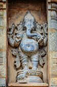 picture of tamil  - Ganesh statue on a wall in Hindu Brihadishwarar Temple - JPG