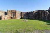 Постер, плакат: Ruins In Pompeii
