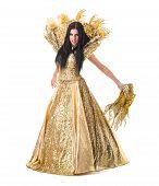 pic of carnival rio  - carnival dancer woman dancing with crown - JPG