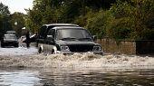 4x4 flood