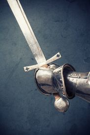 picture of longsword  - closeup of knight - JPG