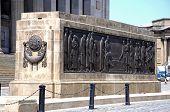 Постер, плакат: The Liverpool Cenotaph