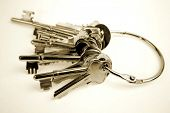 Bunch of keys on keyring