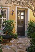 Home_Entrance