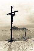 Santa Cruz con Jesucristo crucificado