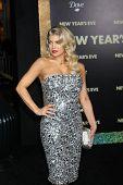 LOS ANGELES - DEC 5:  Fergie aka Stacy Ferguson arrives at the