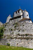 Caesars Tower - Provins