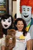 LOS ANGELES - SEP 22:  Fran Drescher at the screening of Columbia Pictures and Sony Pictures Animati