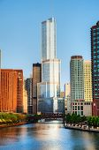 Trump International Hotel And Tower, em Chicago, Il, manhã