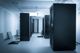 picture of intranet  - server room and data center - JPG