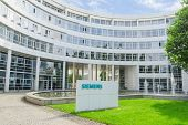 New Siemens Ag Scientific Research And Production Complex