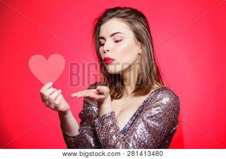 Spread Romantic Mood Around Air