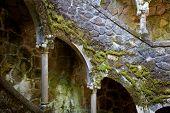 Quinta Regaleira, entrada para o subterrâneo, Sintra, Portugal