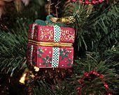 Gift Box Ornament Levels