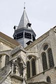 Mello (picardie) - Church