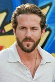 Ryan Reynolds at the 2007 Teen Choice Awards. Gibson Amphitheater, Universal City, CA. 08-26-07