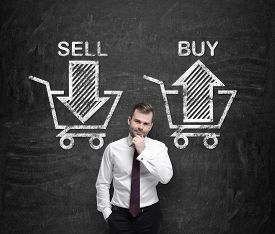 image of asset  - Businessman is thinking about the choice  - JPG