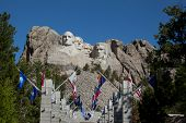Mount Rushmore Avenue Of Flags