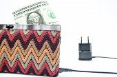 Charging purse with dollar bill