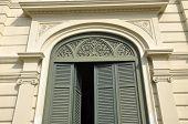 Green Vent Door Pattern Arch