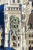 pic of chimes  - chimes in munich city hall and facade - JPG