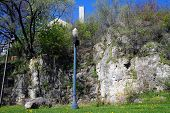 picture of illinois  - A lamppost in front of a limestone cliff at the Billie Limacher Bicentennial Park in Joliet - JPG