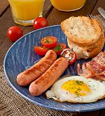 picture of bacon strips  - English breakfast  - JPG