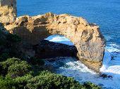 The Arch, Au