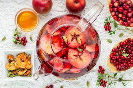 foto of cardamom  - Fruit tea from apples - JPG