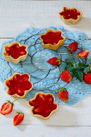 picture of shortbread  - cake with strawberry tarts shortbread dough and strawberry jelly - JPG