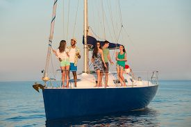 picture of yacht  - People on the yacht - JPG