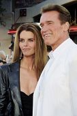 LOS ANGELES - JUN 30:  Maria Shriver, Arnold Schwarzenegger arriving at the Terminator 3 Premiere at