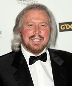HOLLYWOOD - JAN 22:  Barry Gibb arrives at the 2011 G'Day USA Los Angeles Gala on January 22, 2011 in Hollywood, CA