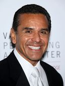 LOS ANGELES - JAN 29:  Antonio Villaraigosa arrives to the Valley Performing Arts Center Opening Gal