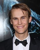 LOS ANGELES - JAN 31:  Rhys Wakefield arrives at the Sanctum World Premiere  on January 31,2011 in H