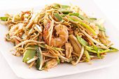 stir-fried noodles with prawns and vegetables