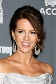 LOS ANGELES - FEB 21:  Kate Beckinsale arrives at the 14th Annual Costume Designers Guild Awards at