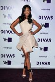 LOS ANGELES - DEC 16:  Brandy Norwood arriving at the VH1 Divas Concert 2012 at Shrine Auditorium on