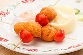 chicken balls with mashed potatoes