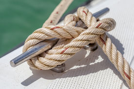 image of boat  - Close - JPG