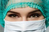 image of surgeons  - Female doctor - JPG