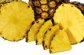 pic of wet  - Pineapple isolated on white with pineapple slices wet and juicy - JPG